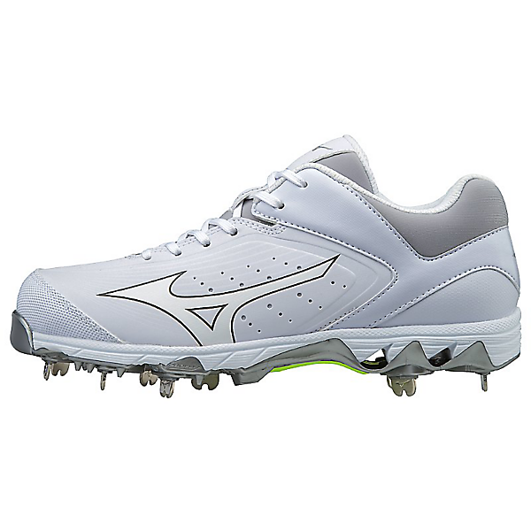 Mizuno 9-Spike Swift 5 Metal Softball Cleat | allstarptc.shop