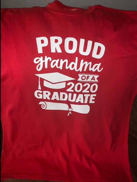 PROUD GRANDMA OF A 2020 GRADUATE T-SHIRT