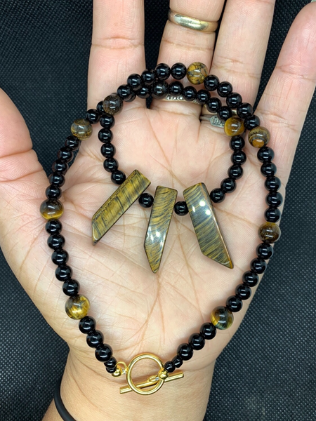 TIGERS EYE AND OBSIDIAN NECKLACE