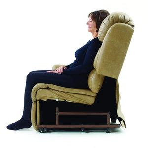 UC556 UltraComfort Stellar Comfort Medium Zero Gravity Lift Chair - Wicker