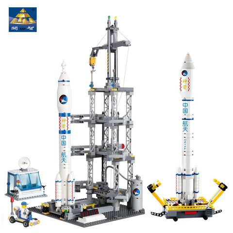KAZI 83001 822pcs Space Series Rocket Station Building Block set Kids DIY Educational Bricks Toys Christmas Gift