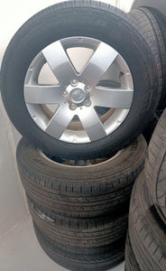 (SECOND HAND) HOLDEN Captiva WHEELS & TYRES 235/60R17