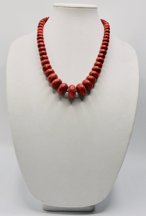 Red Apple Coral Beaded Necklace