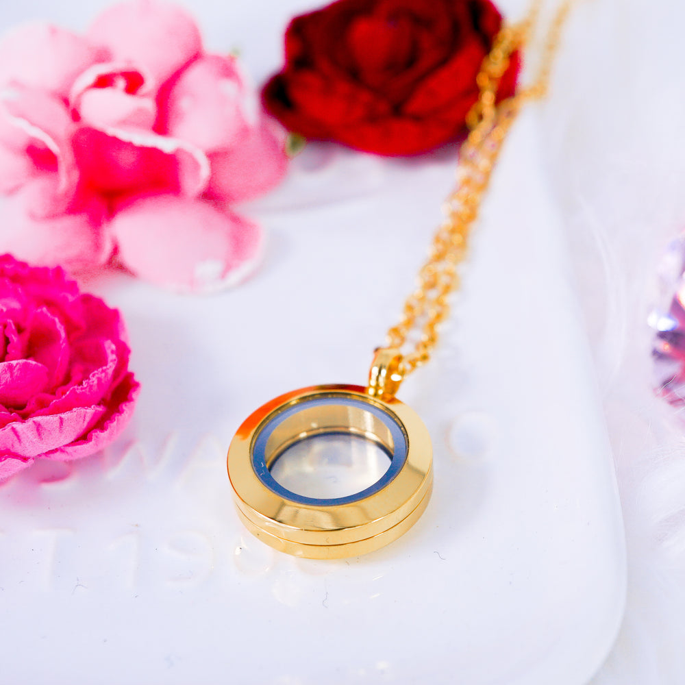 Luxury Locket Necklace | Gold