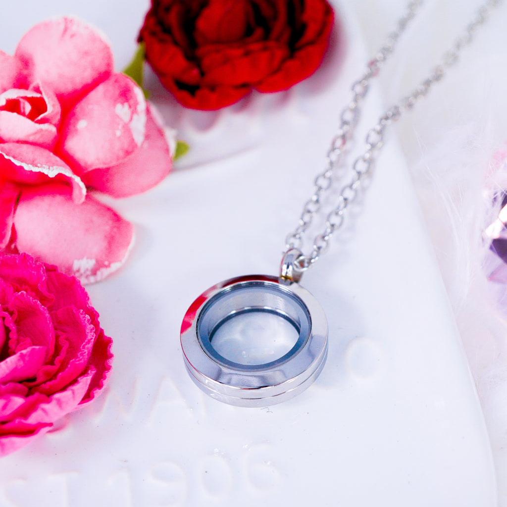 Luxury Locket Necklace | Silver