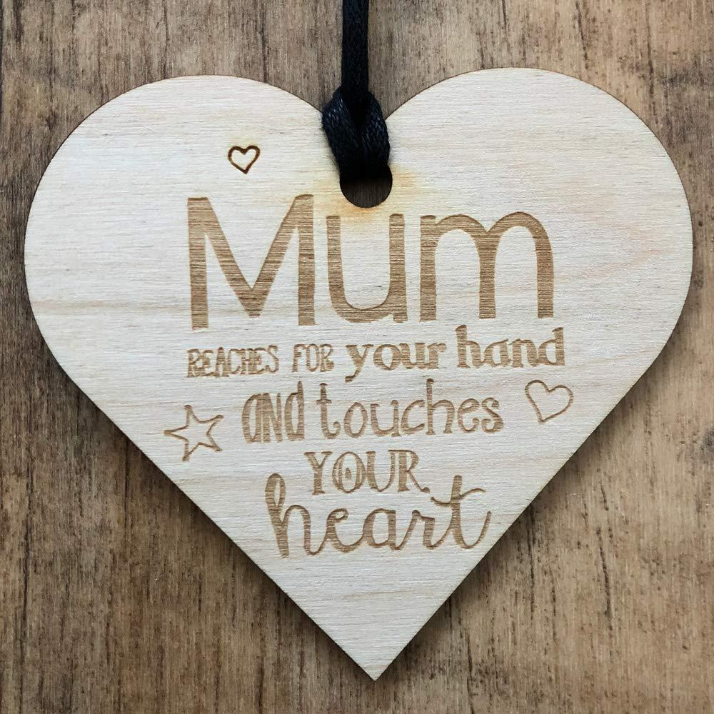 Mum reaches you hand touches your heart Wooden Plaque Gift - ukgiftstoreonline