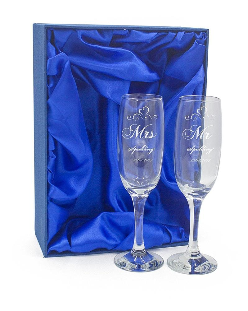 Personalised Engraved Champagne Flutes x 2 Wedding Day Mr & Mrs - ukgiftstoreonline