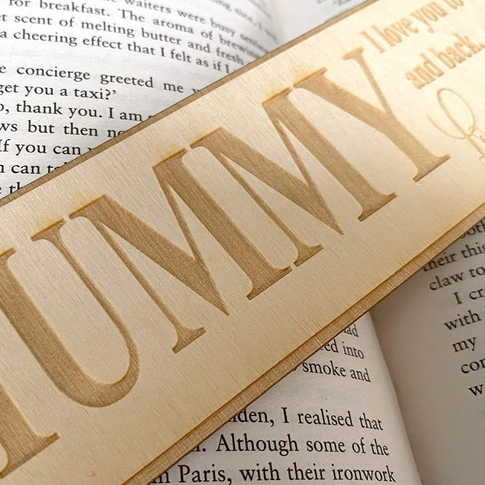 Personalised Mummy Gift Wooden Bookmark with Sentiment - ukgiftstoreonline