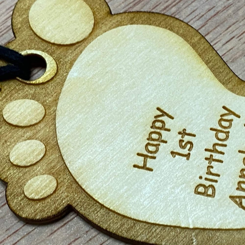 Personalised Wooden Baby Foot Design Birthday Gift Tag Baby Shower Gift - ukgiftstoreonline