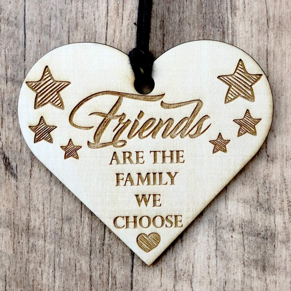 ukgiftstoreonline Friends Are The Family We Choose Engraved Plaque Wooden Heart Gift - ukgiftstoreonline