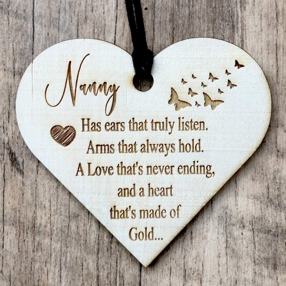 ukgiftstoreonline Nanny With A Heart Of Gold Engraved Plaque Wooden Heart Gift - ukgiftstoreonline