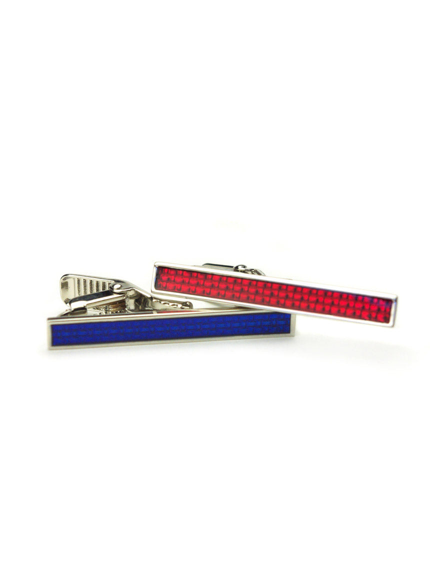 DÉCLIC Textured Enamel Tie Bar - Red