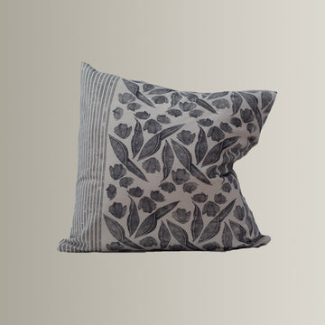 Annie in Black and White Pillow Cover