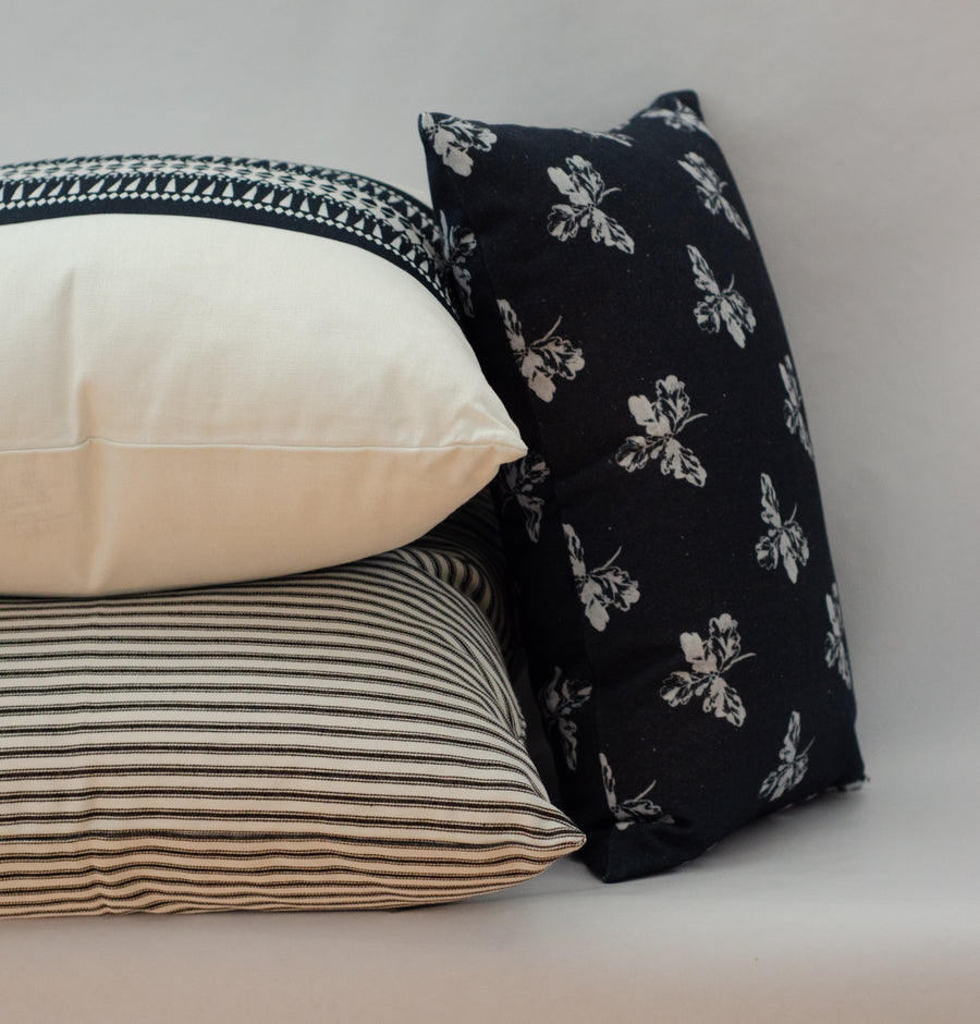 Oak Leaf Pillow Cover in Midnight