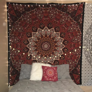 red-black-star-mandala-tapestry