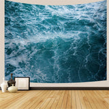 sea-waves-during-a-a-storm-tapestry