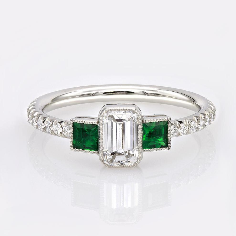 color jewelry cut rings cz ring prong stone green four engagement bling emerald fourprong gr rb ct