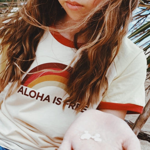 KIDS ALOHA IS FREE TEE