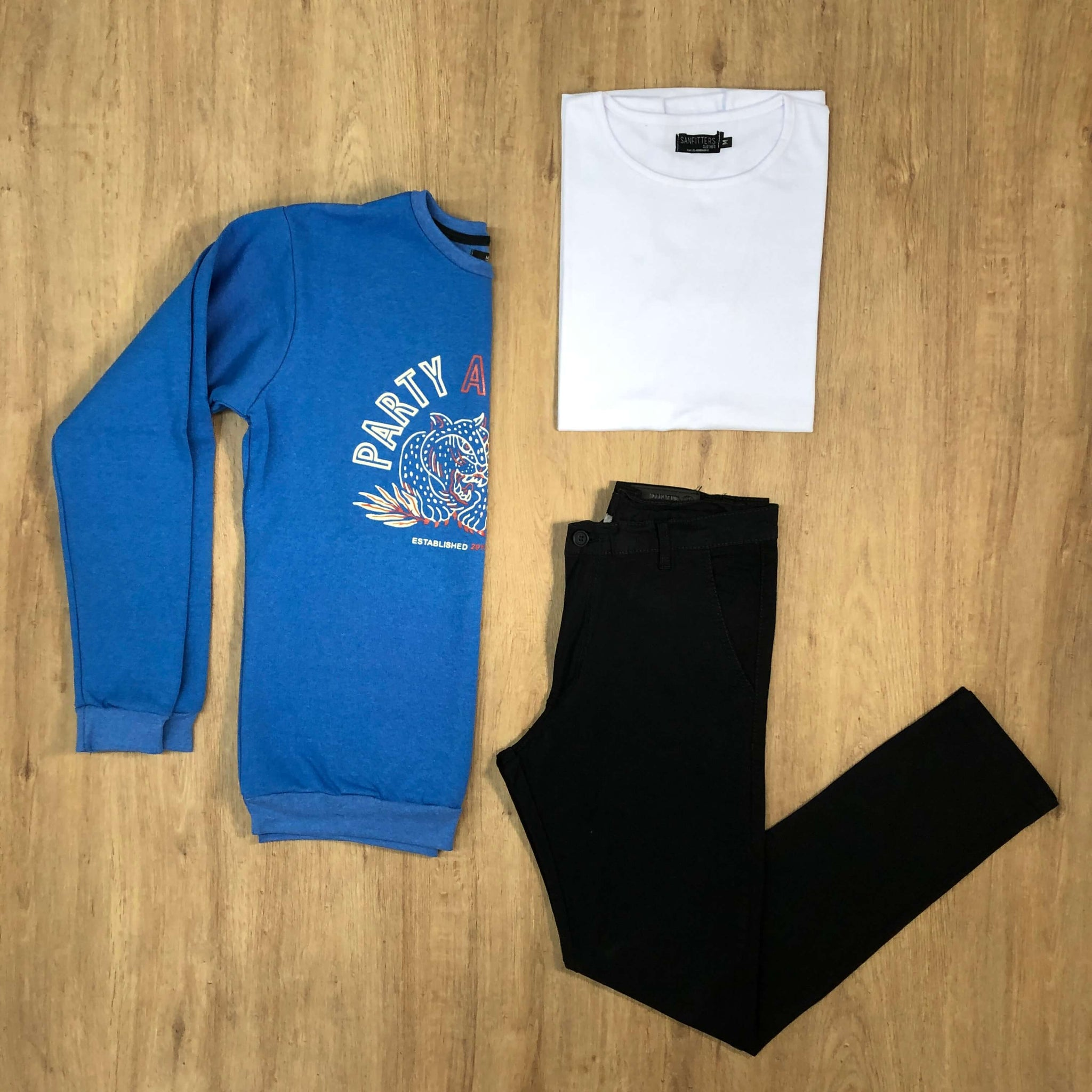 Outfit 565 - Jean Chino Negro - Buzo Sky Est - Remera Basic