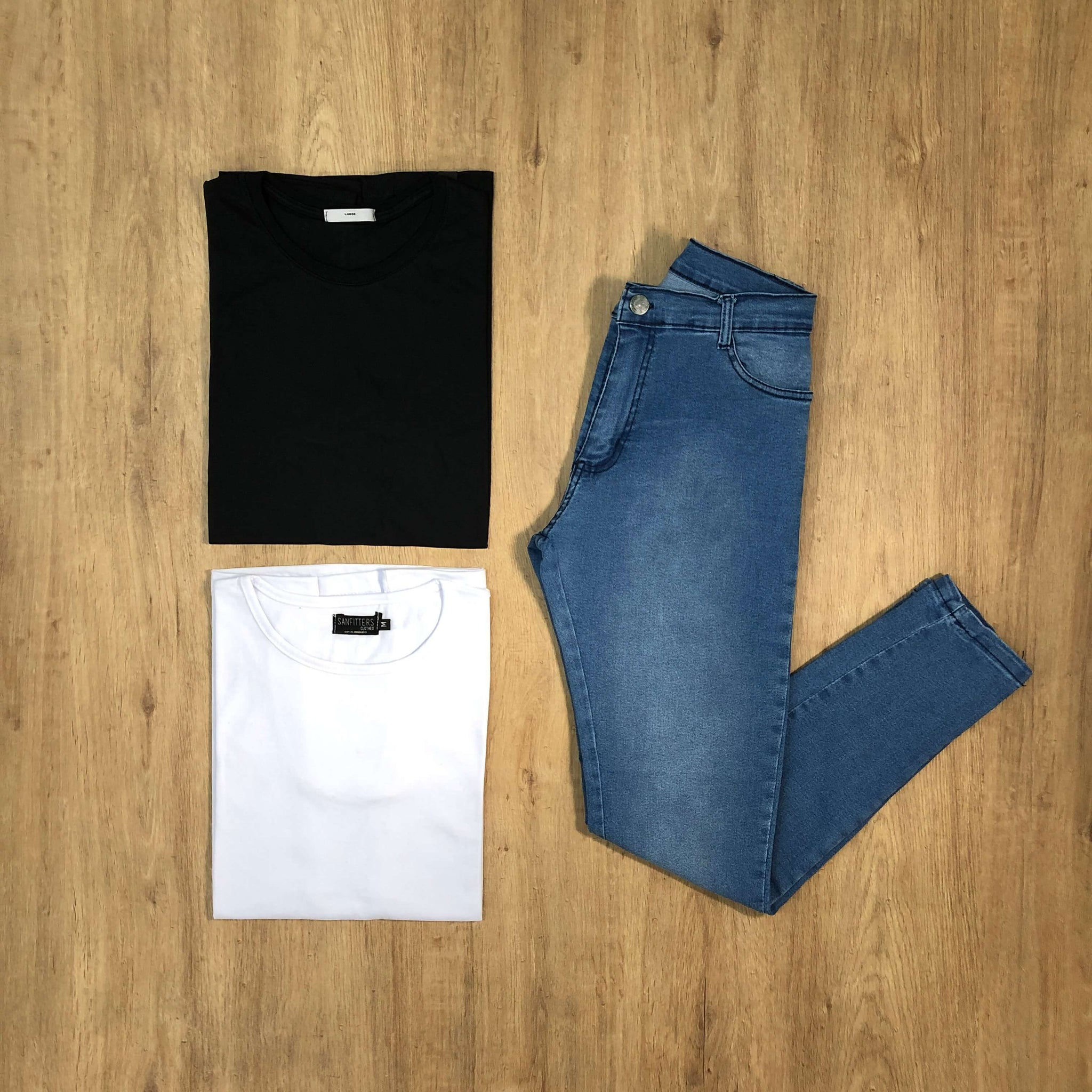 Outfit 577 - Jean Clar - Remera Black - Remera Basic