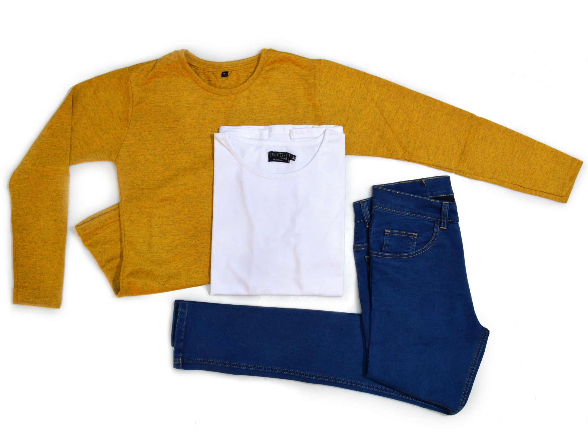 Outfit 436 - Jean Blue - Sweater Mostaza - Remera Basic