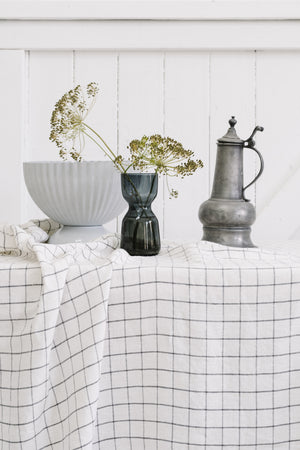 Linen Table Cloth in Grid