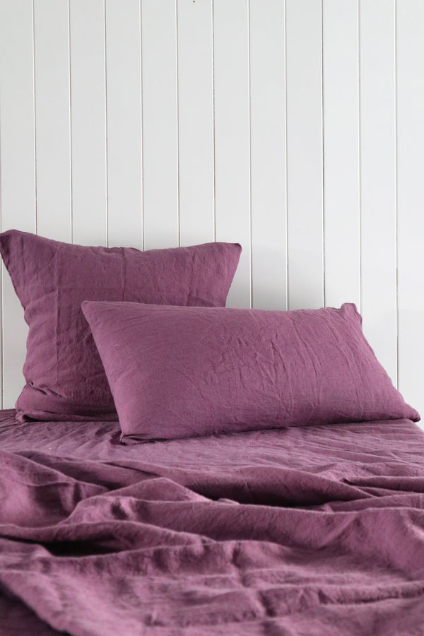 Linen Quilt Covers in Aubergine