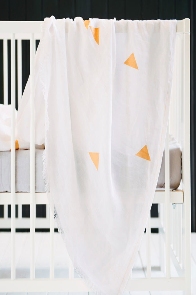White Linen Throw - Triangles
