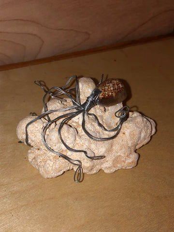 He'e On The Rocks Wire Art Sculpture - Noeau Designers