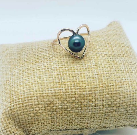AUMOANA - Gold Filled Heart Rings With Tahitian Pearl - Noeau Designers