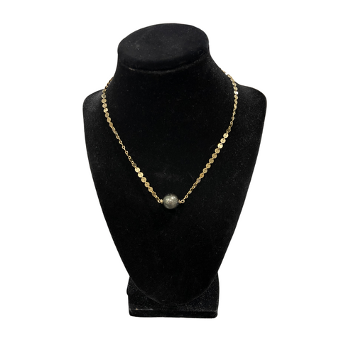 AUMOANA - Gold Filled Necklace With Disc Chain And Tahitian Pearl - Noeau Designers