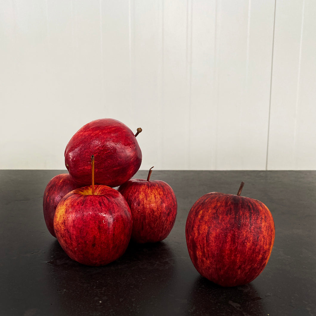 SPECIAL Apple Royal Gala Large (Each)
