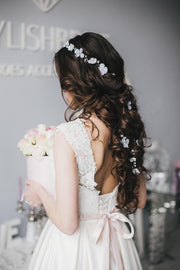Charlotte - Wedding flowers hairpiece - StylishBrideAccs