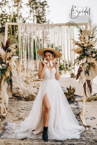 Ellen & Shadow | V neck lace tulle Dress with slit - StylishBrideAccs