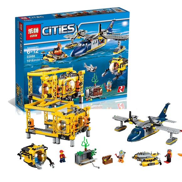 LEPIN 02088 Deep Sea Exploration Base | City