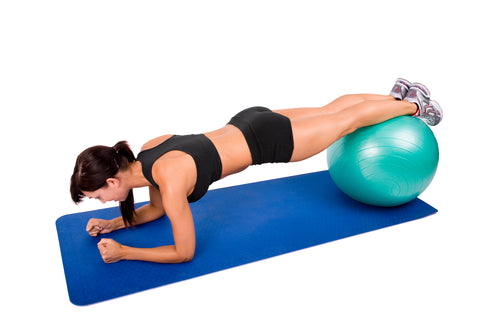 exercices-gainage-swiss-ball