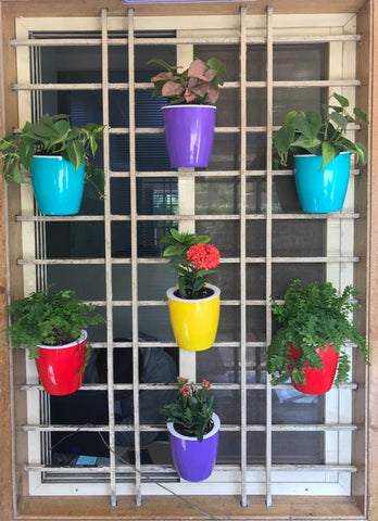 vertical wall hanging pot set