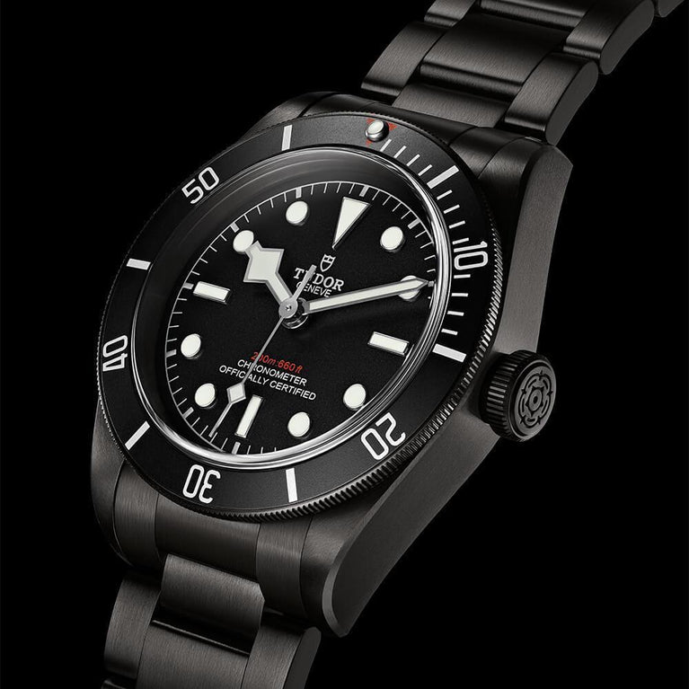 The All Blacks and Beauden Barrett wear the TUDOR Black Bay Dark, a vintage-inspired all-black steel diver's watch which perfectly matches their team colours.