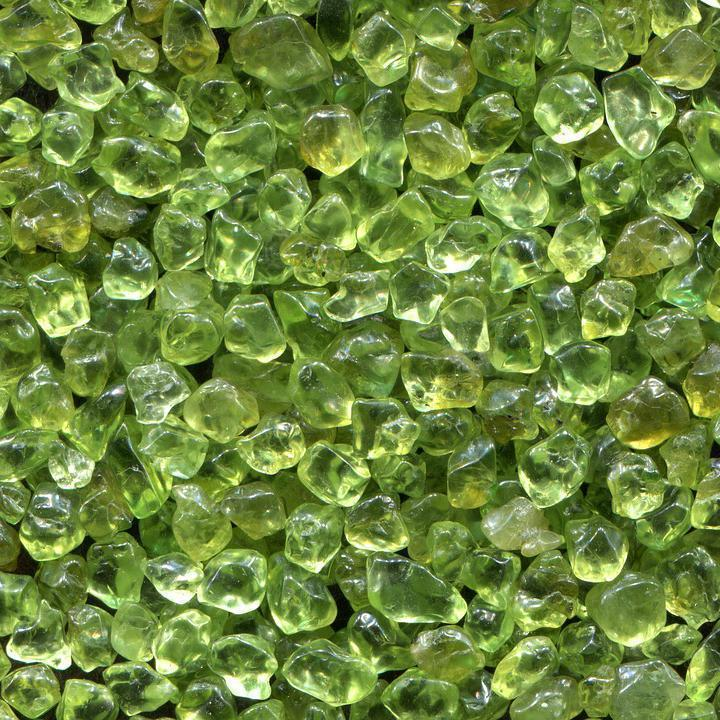 The August Birthstone: Peridot
