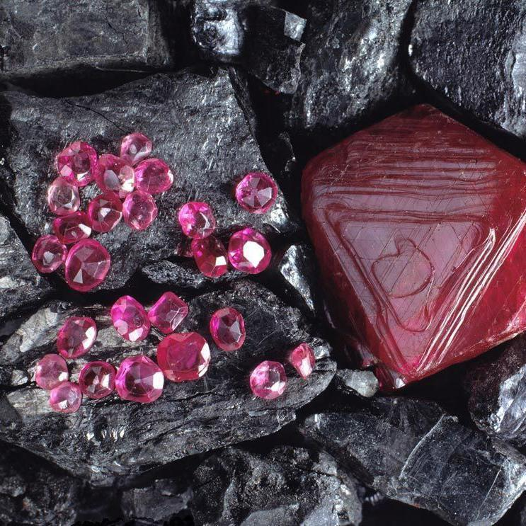 Due to the good fortune they were thought to bring, rubies were placed beneath building foundations for extra security, with Ancient Chinese and Hindu nobleman also embellishing their armour and harnesses with rubies before heading into battle.