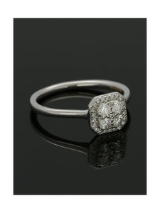Diamond Cluster Ring 0.31ct Round Brilliant Cut in 18ct White Gold