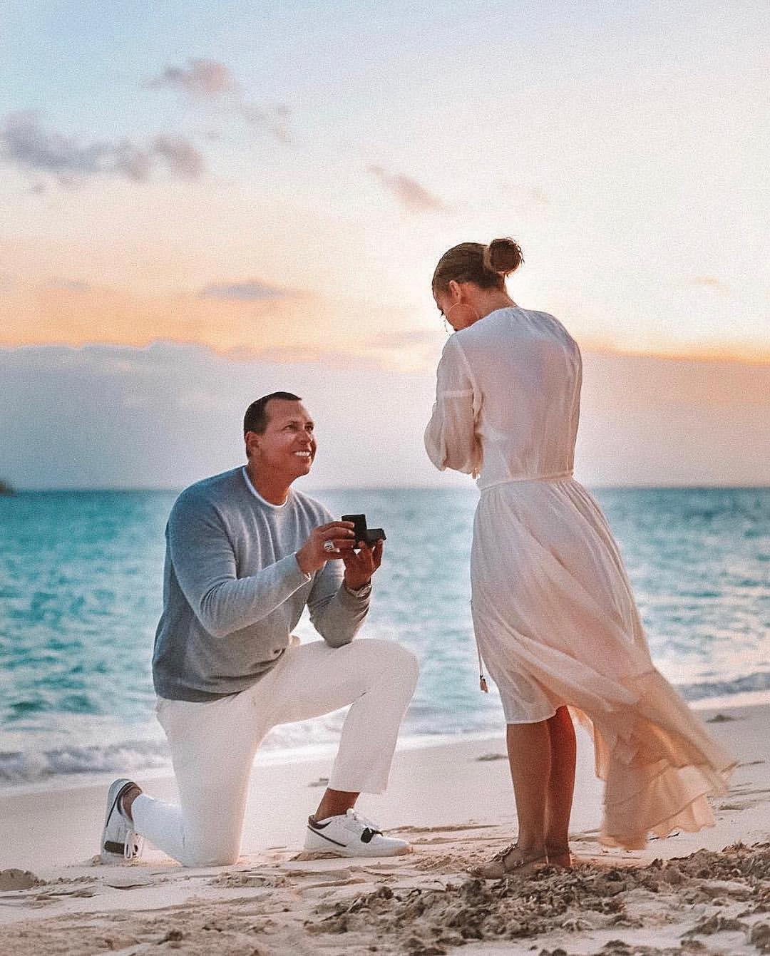 JLO says Yes - engaged to arod