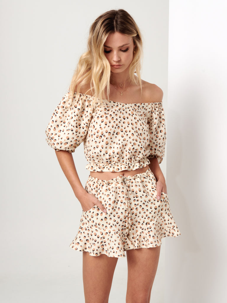 Kivari - Valentina Leopard Off The Shoulder Top - Cream Leopard