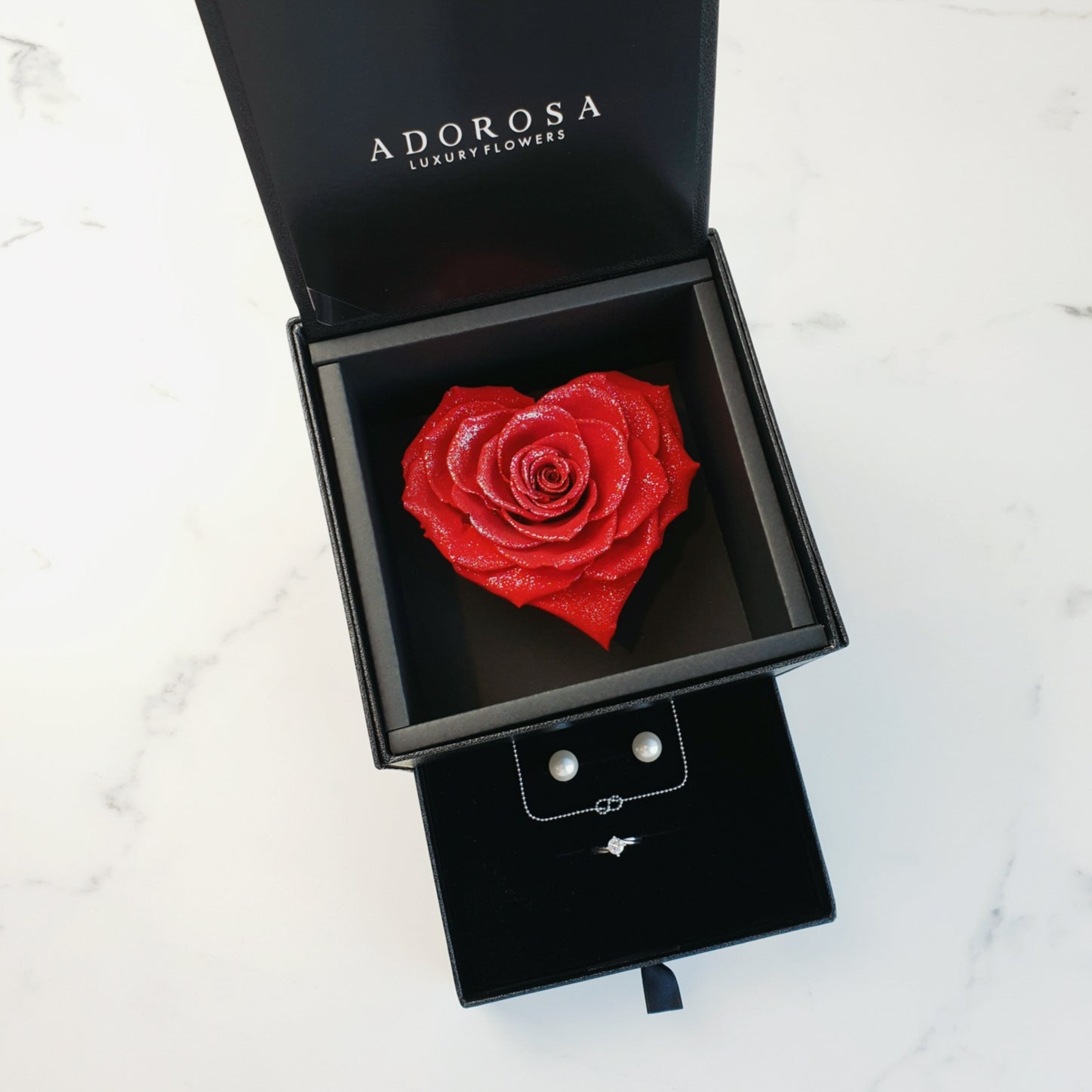 heart rose, rose box, heart rose box, long lasting rose, preserved roses, preserved flowers, sydney rose delivery, luxury rose sydney, rose box sydney, flower box sydney
