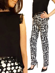 Skinny Mid Rise Pants in White and Black Print