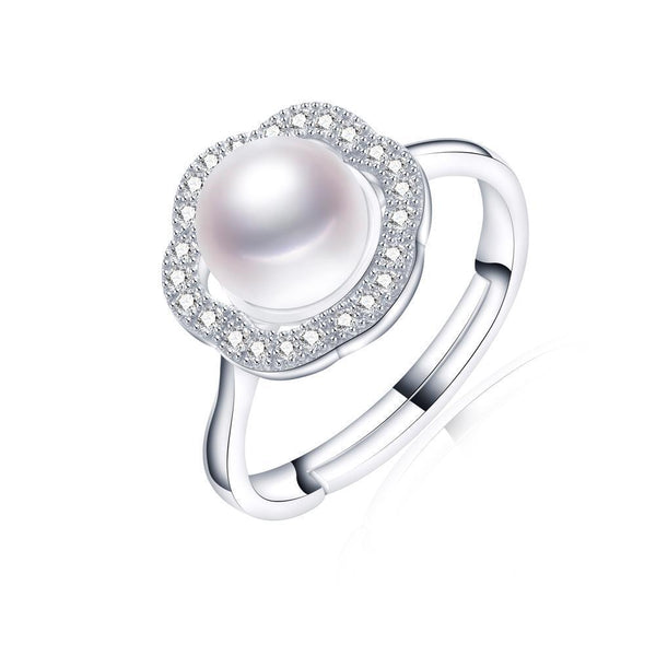 Natural freshwater pearl ring on sterling silver 1095