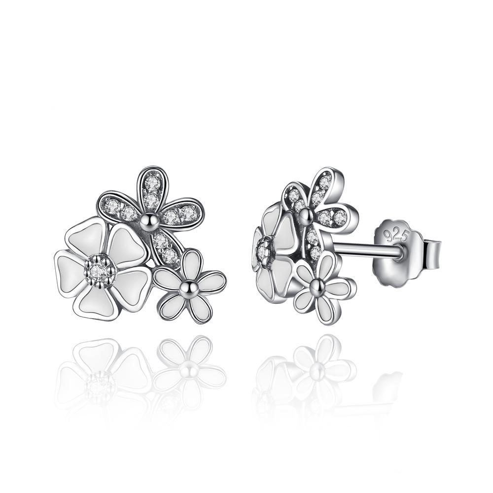 White Daisy Flower Stud Earrings White Clear Cubic Zirconia 1384