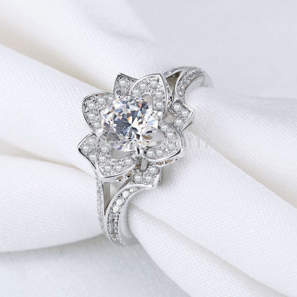 Round Flower Silver Plated Wedding Ring 1108