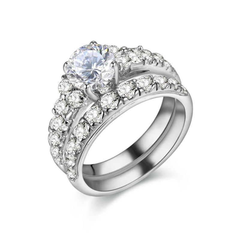 Beautiful CZ on Sterling Silver Ring with Band 1030
