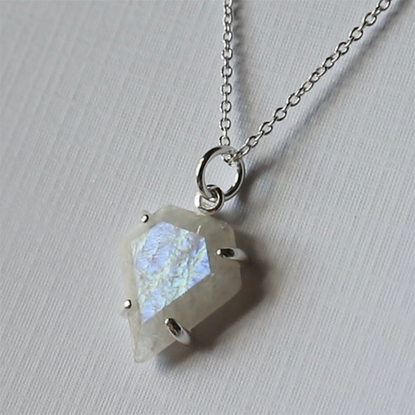 Dream - Moonstone Necklace